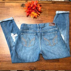 🍁👖Hollister Distressed Jeans Low Rise Boyfriend